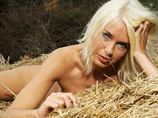 Sexcam Girl PussyDeLuxe