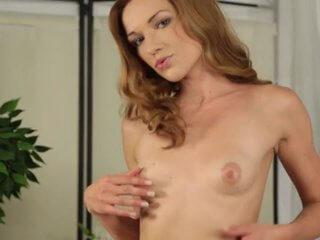 Nackte Brüste vor der Livecam